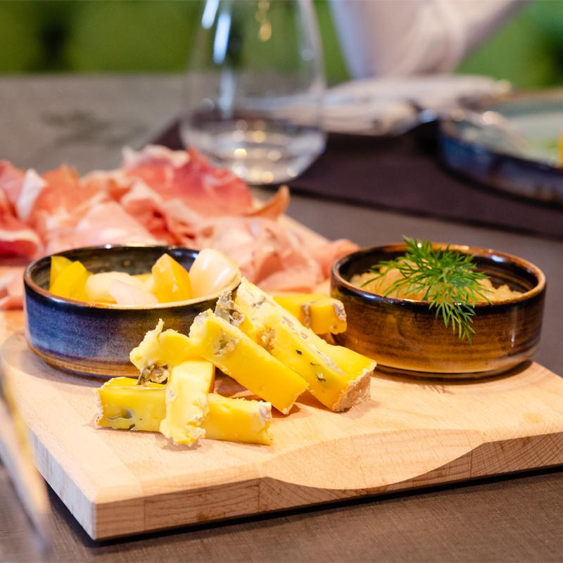 salumi e formaggi grey bistrot
