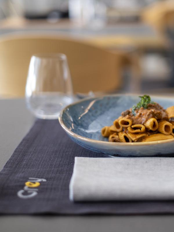 piatto di pasta grey restaurant
